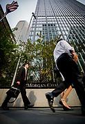 New York, New York, USA, 20120713: Andre kvartalsrapport ble fremlagt hos J. P. Morgan Chase & Co. i dag. Bilder av folk som kommer og g[r. Foto: Ørjan F: Ellingvåg
