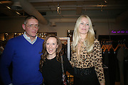 GILES DEACON, LOUISE CLARKE AND CLAUDIA SCHIFFER. Book launch for ÔThe Measure' edited by Louise Clarke.  commissioned by the London College of Fashion. Bluebird. King's Rd. London. 21 November 2007. -DO NOT ARCHIVE-© Copyright Photograph by Dafydd Jones. 248 Clapham Rd. London SW9 0PZ. Tel 0207 820 0771. www.dafjones.com.