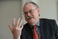 08 MAY 2012, BERLIN/GERMANY:<br /> Prof. Dr. Gert G. Wagner, Vorstandsvorsitzender DIW Berlin, waehrend einem Interview, in seinem Buero, Deutsches Institut für Wirtschaftsforschung e.V. <br /> IMAGE: 20120508-02-025<br /> KEYWORDS: Gerd Wagner
