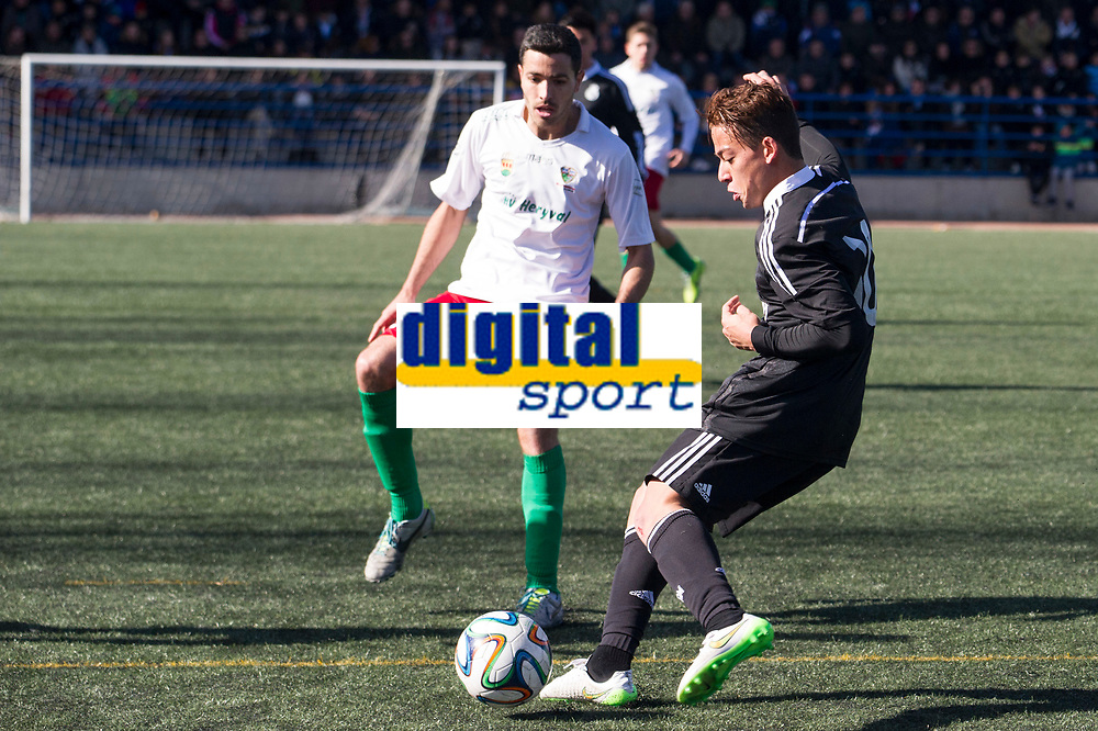 Trival Valderas's Herrero and Real Madrid Castilla´s Benavente during 2014-15 Spanish Second Division B match between Trival Valderas and Real Madrid Castilla at La Canaleja stadium in Alcorcon, Madrid, Spain. February 01, 2015. (ALTERPHOTOS/Luis Fernandez)