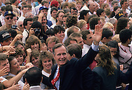 Vice President H..W. Bush and candidate Dan Quayle visit Huntington, Indiana the day after the close of the Republican Convention in  August 1988. ..Photograph by Dennis Brack bb24