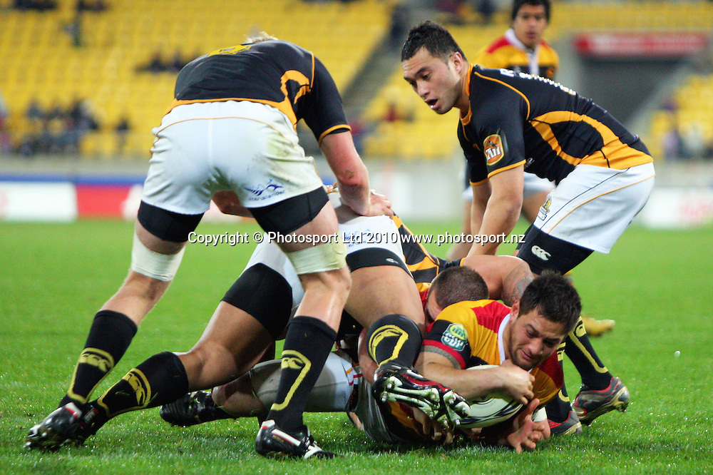 Jack Lam wriggles over to score for Waikato. ITM Cup rugby union - Wellington Lions v Waikato at Westpac Stadium, Wellington, New Zealand on Saturday, 21 August 2010. Photo: Dave Lintott/PHOTOSPORT
