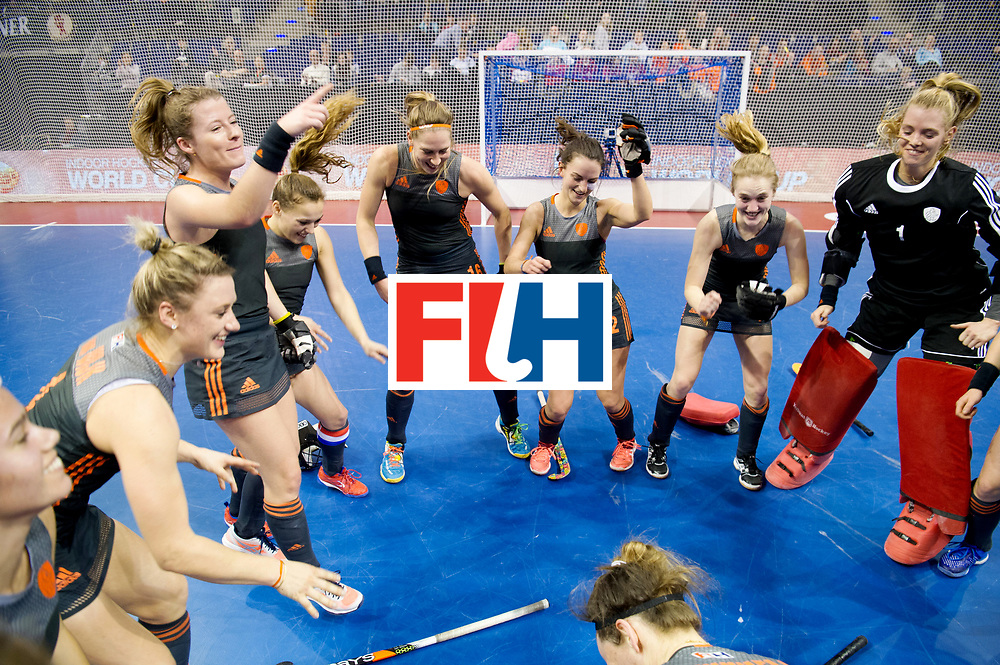 BERLIN - Indoor Hockey World Cup<br /> Semi-final 2: Australia - Austria<br /> foto: Netherlands wins and dancing.<br /> UIJLENBROEK