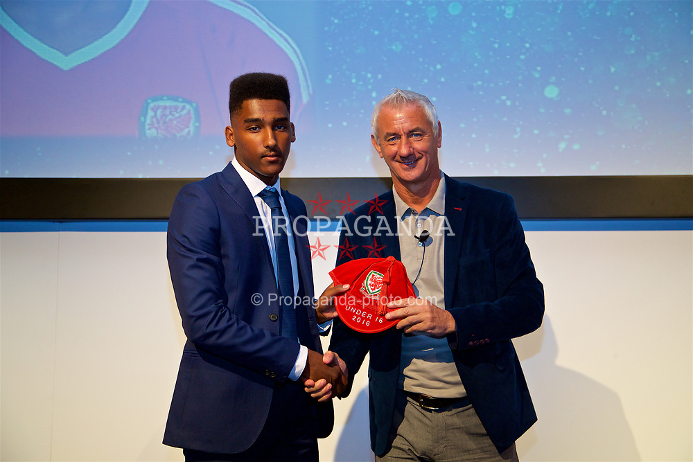 NEWPORT, WALES - Saturday, May 27, 2017: Michael Ellery receives his Under-16 Wales cap from Wales' Elite Performance Director Ian Rush at the Celtic Manor Resort. (Pic by David Rawcliffe/Propaganda)