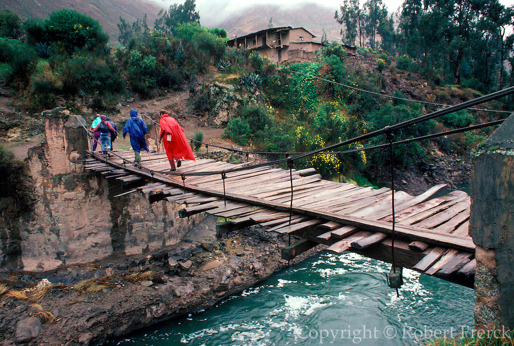 PERU, HIKING INCA TRAIL way to Machu Picchu near Chilca