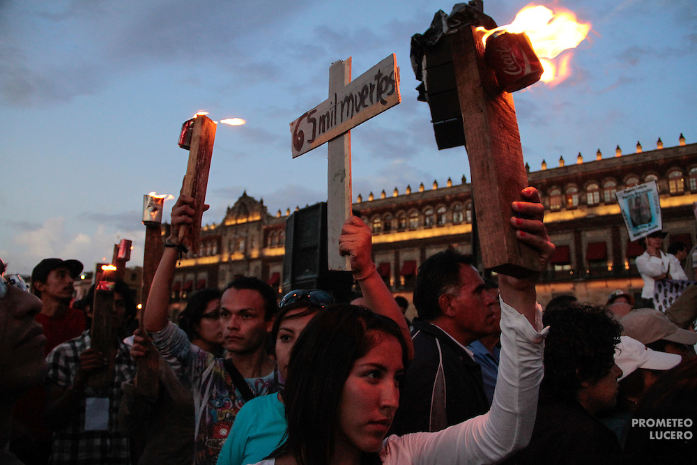 Z&oacute;calo de la Ciudad de M&eacute;xico, 19 de septiembre de 2011.<br /> Caravana al Sur, 2011. Movimiento por la Paz con Justicia y Dignidad. (Foto: Prometeo Lucero)
