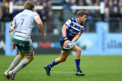 Rhys Priestland of Bath Rugby looks to pass the ball - Mandatory byline: Patrick Khachfe/JMP - 07966 386802 - 09/11/2019 - RUGBY UNION - The Recreation Ground - Bath, England - Bath Rugby v Northampton Saints - Gallagher Premiership