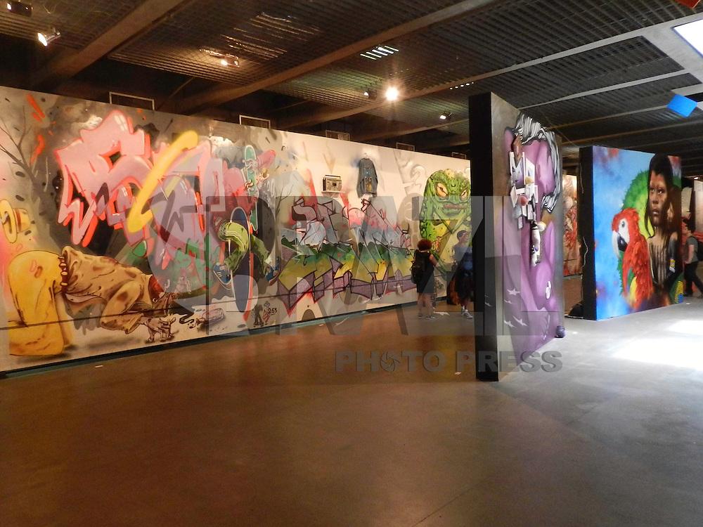 SÃO PAULO - SP -  23 DE JANEIRO 2013. 2ª BIENAL INTERNACIONAL DO GRAFFITI FINE ART - Instalações da 2ª Bienal Internacional Graffiti Fine Art, que acontece no Museu Brasileiro da Escultura (MuBE), na Avenida Europa, zona oeste da capital paulista, nesta quarta-feira (23). A mostra, que reúne obras de mais de 50 artistas brasileiros e estrangeiros, fica em cartaz até o dia 17 de fevereiro. FOTO: MAURICIO CAMARGO / BRAZIL PHOTO PRESS.