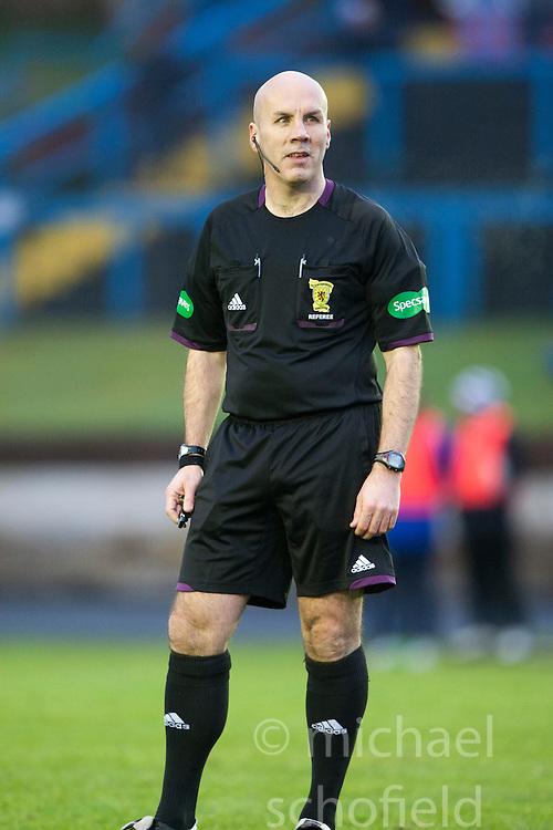 Referee Stephen Finnie..Cowdenbeath 4 v 1 Falkirk, 9/2/2013..©Michael Schofield.