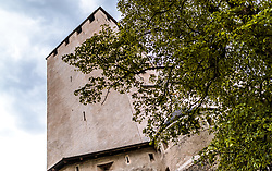 THEMENBILD - Blick auf den Turm vom Schloss Bruck. Das Schloss war der Wohnsitz der Grafen von Görz von etwa 1278 bis zum Jahr 1500. Es besitzt eine Burgkapelle mit Fresken von Simon von Taisten. Seit dem Jahr 1943 dient es als Museum der Stadt Lienz, aufgenommen am 20. Mai 2017 in Lienz, Österreich // View of the tower from the Bruck Castle. It was completed in 1278 as the residence of the Meinhardiner Counts of Görz. In 1490. the chapel was decorated with frescoes by Simon von Taisten. Bruck Castle is a museum featuring many works of the painter Albin Egger-Lienz, on 2017/05/20, Lienz, Austria. EXPA Pictures © 2017, PhotoCredit: EXPA/ JFK
