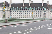 UNITED KINGDOM, London: 23 March 2017 An eerily quiet Westminster Bridge gets re-opened to the public and traffic this afternoon after a terror attack which killed four people including the attacker in Westminster yesterday. Rick Findler / Story Picture Agency