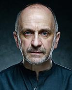 Actor Headshots Neil Rowland