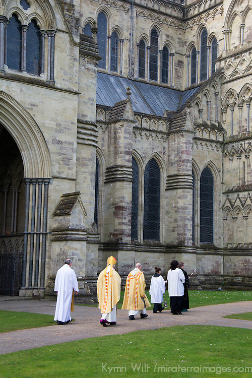 Europe, Great Britain, England, Salisbury. Easter Service at Salisbury Cathedral.