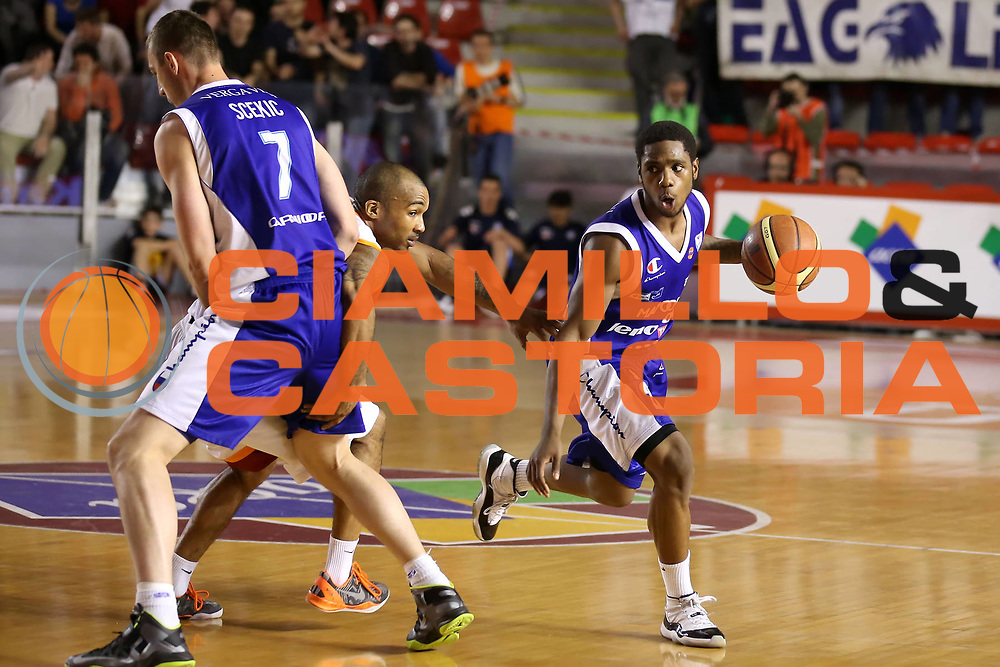DESCRIZIONE : Roma Lega A 2012-2013 Acea Roma Lenovo Cant&ugrave; playoff semifinale gara 1<br /> GIOCATORE : Joe Ragland<br /> CATEGORIA : palleggio<br /> SQUADRA : Lenovo Cant&ugrave;<br /> EVENTO : Campionato Lega A 2012-2013 playoff semifinale gara 1<br /> GARA : Acea Roma Lenovo Cant&ugrave;<br /> DATA : 24/05/2013<br /> SPORT : Pallacanestro <br /> AUTORE : Agenzia Ciamillo-Castoria/ElioCastoria<br /> Galleria : Lega Basket A 2012-2013  <br /> Fotonotizia : Roma Lega A 2012-2013 Acea Roma Lenovo Cant&ugrave; playoff semifinale gara 1<br /> Predefinita :