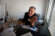 The Salafis have assaulted some people. This entrepreneur attacks the Salafis in court because they have occupied his land, stealing material and they demolished his shed. Sejenane is an example of a Tunisian town that is in the grip of violent Salafis who rule here since April 2011.<br /> <br /> <br /> <br /> Sejenane est sous l'emprise des  Salafistes violents qui y font la loi et y ont installé un régime de terreur depuis avril 2011. .Les salafistes ont agressés des personnes. L'entrepreneur XXX   attaque les   salafistes en justice car ils ont occupé son terrain, volé du  matérieux et ils ont démoli un hangar.