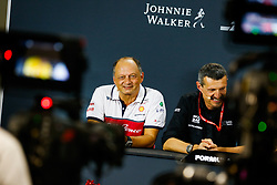 September 20, 2019, Singapore, Singapore: Motorsports: FIA Formula One World Championship 2019, Grand Prix of Singapore, .Frederic Vasseur (FRA, Alfa Romeo Racing), Guenther Steiner (ITA, Haas F1 Team) (Credit Image: © Hoch Zwei via ZUMA Wire)