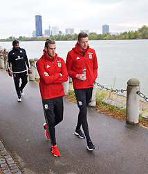 VIENNA, AUSTRIA - Thursday, October 6, 2016: Wales' Gareth Bale, goalkeeper and Wayne Hennessey during a pre-match walk at the Hilton Danube Waterfront Hotel ahead of the 2018 FIFA World Cup Qualifying Group D match against Austria. (Pic by David Rawcliffe/Propaganda)