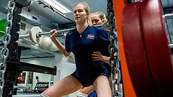 15-03-2017 NED:  Training jeugd Oranje, Arnhem<br /> Jeugd Oranje klaar voor het EK in eigen land maar eerst nog een pittige training / Vera Mulder #8 of Netherlands