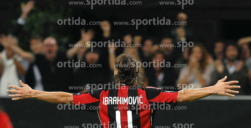 15.09.2010, Stadio Giuseppe Meazza, Mailand, ITA, UEFA CL, AC Milan vs Auxerre, im BildEsultanza di Zlatan IBRAHIMOVIC dopo il gol.EXPA Pictures © 2010, PhotoCredit: EXPA/ InsideFoto/ Andrea Staccioli +++++ ATTENTION - FOR AUSTRIA AND SLOVENIA CLIENT ONLY +++++... / SPORTIDA PHOTO AGENCY