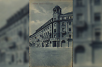 "Zagreb : Draškovićeva ulica. <br /> <br /> ImpresumZagreb : Lela, [19--].<br /> Materijalni opis1 razglednica : tisak ; 13,9 x 8,9 cm.<br /> NakladnikNaklada ""Lela""<br /> Mjesto izdavanjaZagreb<br /> Vrstavizualna građa • razglednice<br /> ZbirkaZbirka razglednica • Grafička zbirka NSK<br /> Formatimage/jpeg<br /> PredmetZagreb –– Janka Draškovića<br /> SignaturaRZG-DRA-3<br /> Obuhvat(vremenski)20. stoljeće<br /> PravaJavno dobro<br /> Identifikatori000952487<br /> NBN.HRNBN: urn:nbn:hr:238:192171 <br /> <br /> Izvor: Digitalne zbirke Nacionalne i sveučilišne knjižnice u Zagrebu"