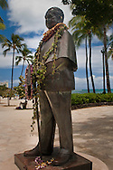 Statue of Prince Kuhio, Kuhio Beach Park, Waikiki Beach, Honolulu, Oahu, Hawaii