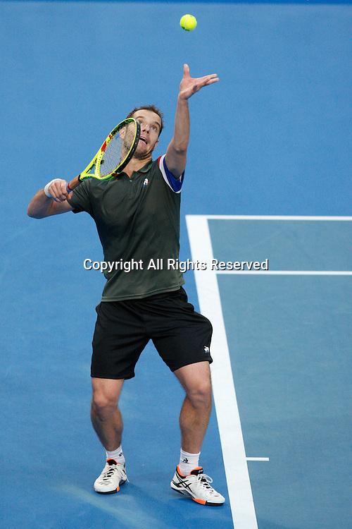 07.01.2017. Perth Arena, Perth, Australia. Mastercard Hopman Cup International Tennis tournament. Richard Gasquet (FRA) serves to Jack Sock (USA) during the Final. Gasquet won 6-3, 5-7, 7-6.