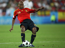 Marcos Senna of Spain (19) during the UEFA EURO 2008 Quarter-Final soccer match between Spain and Italy at Ernst-Happel Stadium, on June 22,2008, in Wien, Austria. Spain won after penalty shots 4:2. (Photo by Vid Ponikvar / Sportal Images)