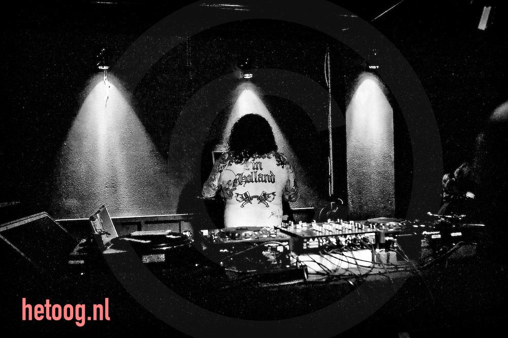Waar: Poppodium Metropool Hengelo Wat: 2009 Rock & Roll Revue  Wanneer: 8 mei 2009 22:47 uur