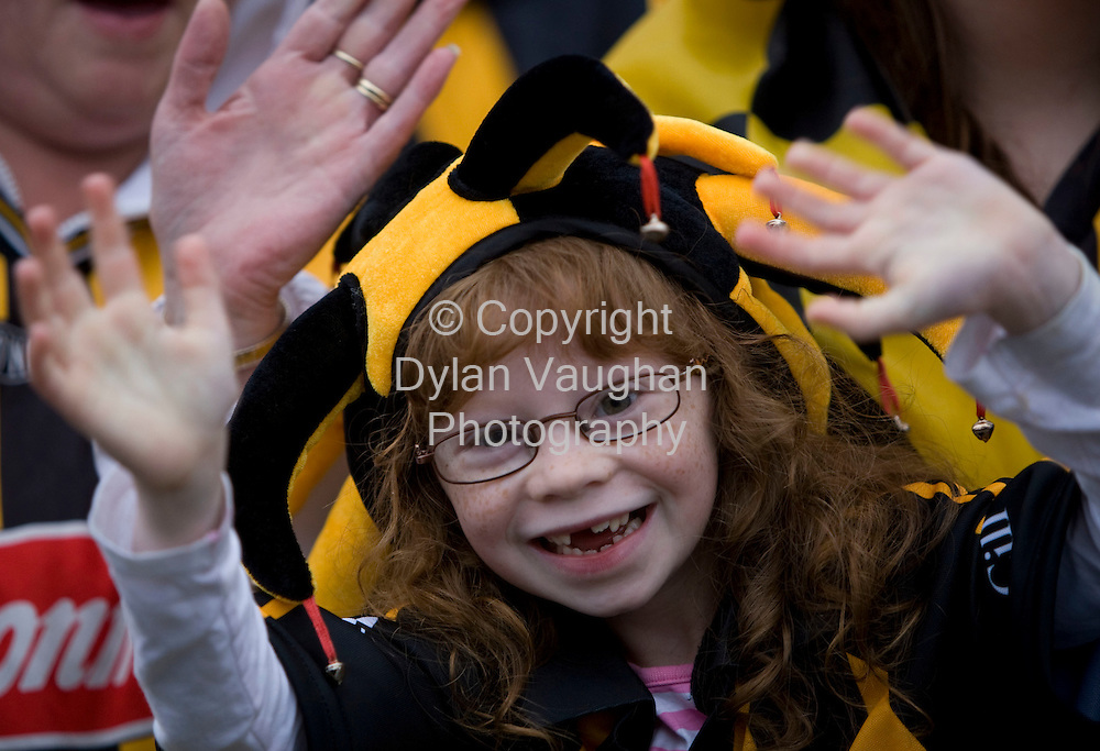 8/9/2008.Faith Culley aged 7 from Kilkenny pictured Kilkennys homecoming last night..Picture Dylan Vaughan.