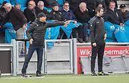 FODBOLD: Cheftræner Omid Namazi (FC Helsingør) på sidelinjen under kampen i NordicBet Ligaen mellem HB Køge og FC Helsingør den 8. maj 2019 på Capelli Sport Stadion, Køge Idrætspark. Foto: Claus Birch