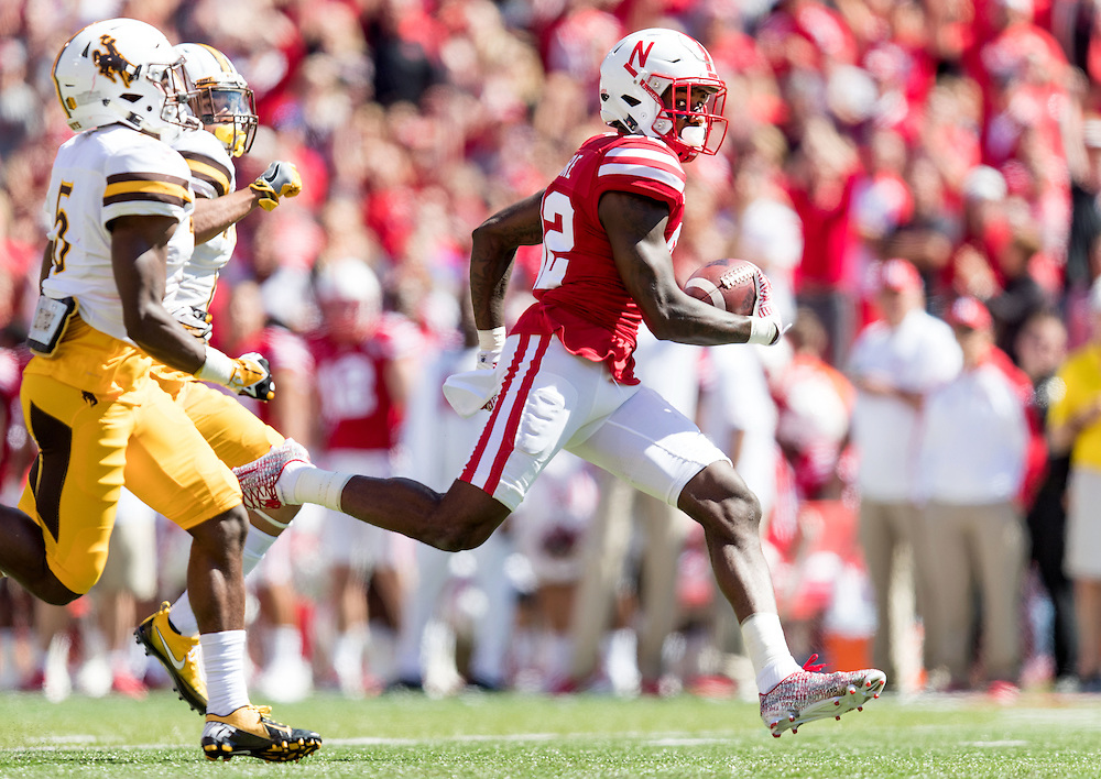 Nebraska&rsquo;s Alonzo Moore goes for a touchdown in the second quarter. The University of Nebraska Cornhuskers played the University of Wyoming Cowboys in a NCAA football game at Memorial Stadium in Lincoln, Nebraska, on Saturday, Sept. 10, 2016. <br /> <br /> MATT DIXON/THE WORLD-HERALD