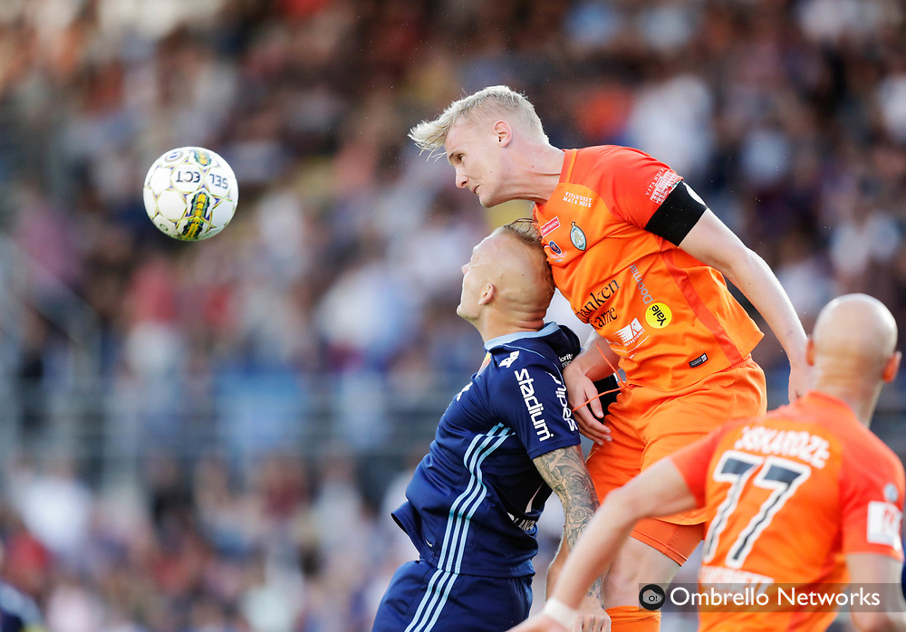 ESKILSTUNA, SWEDEN - JULY 31: Magnus Eriksson of Djurgårdens IF and Ludvig Ohman Silwerfeldt of Athletic FC Eskilstuna competes for the ball during the Allsvenskan match between Athletic FC Eskilstuna and Djurgårdens IF at Tunavallen on July 31, 2017 in Eskilstuna, Sweden. Foto: Nils Petter Nilsson/Ombrello