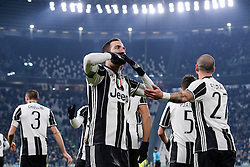 08.01.2017, Juventus Stadium, Turin, ITA, Serie A, Juventus Turin vs FC Bologna, 19. Runde, im Bild Gonzalo Higuain esulta per il gol del 1-0 // Gonzalo Higuain celebrates 1-0 goal during the Italian Serie A 19th round match between Juventus Turin and Bologna FC at the Juventus Stadium in Turin, Italy on 2017/01/08. EXPA Pictures © 2017, PhotoCredit: EXPA/ laPresse/ Daniele Badolato<br /> <br /> *****ATTENTION - for AUT, SUI, CRO, SLO only*****