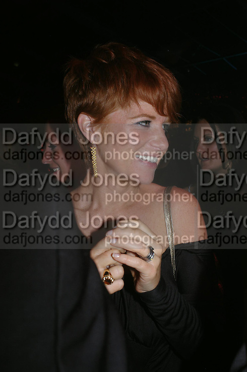 Patsy Palmer. Glamour Women Of The Year Awards 2005, Berkeley Square, London.  June 7 2005. ONE TIME USE ONLY - DO NOT ARCHIVE  © Copyright Photograph by Dafydd Jones 66 Stockwell Park Rd. London SW9 0DA Tel 020 7733 0108 www.dafjones.com