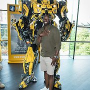 NLD/Amsterdam//20170621 - Premiere Transformers 3D: The Last Knight, Bumblebee (Transformers) en Carlos Lens