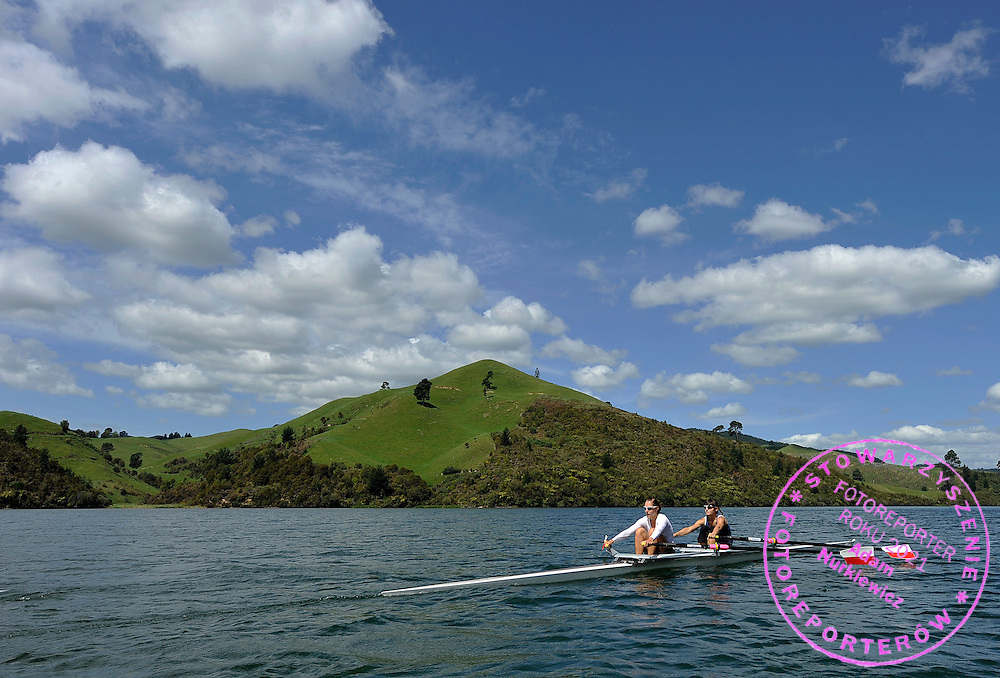 (STROKE) AGNIESZKA RENC & (BOW) MAGDALENA KEMNITZ (BOTH POLAND) WOMEN'S LIGHTWEIGHT DOUBLE SCULLS DURING TRAINING SESSION ON ORAKEI KORAKO LAKE SIX DAYS BEFORE REGATTA WORLD ROWING CHAMPIONSHIPS ON KARAPIRO LAKE IN NEW ZEALAND...NEW ZEALAND , TAUPO , OCTOBER 25, 2010..( PHOTO BY ADAM NURKIEWICZ / MEDIASPORT )..PICTURE ALSO AVAIBLE IN RAW OR TIFF FORMAT ON SPECIAL REQUEST.