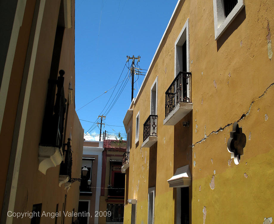 Callejon de La Capilla in Old San Juan in Puerto Rico. Where Newyorican Cafe is..Photo/Angel Valentin