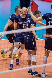 18-08-2017 NED: Oefeninterland Nederland - Italië, Doetinchem<br /> De Nederlandse volleybal mannen spelen hun eerste oefeninterland van twee in SaZa topsporthal tegen Italie als laatste voorbereiding op het EK in Polen Jasper Diefenbach #6, Robbert Andringa #18