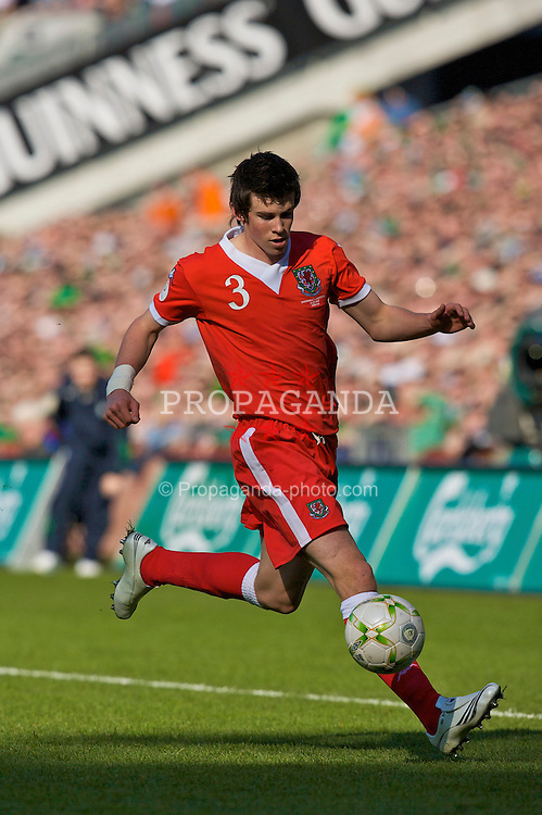 DUBLIN, REPUBLIC OF IRELAND - Saturday, March 24, 2007: Wales' Gareth Bale in action against Republic of Ireland during the UEFA European Championships 2008 Group D qualifying match at Croke Park. (Pic by David Rawcliffe/Propaganda)