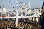 Venice Simplon-Orient-Express passing Sacré Coeur while entering the city at Gare de l?Est.