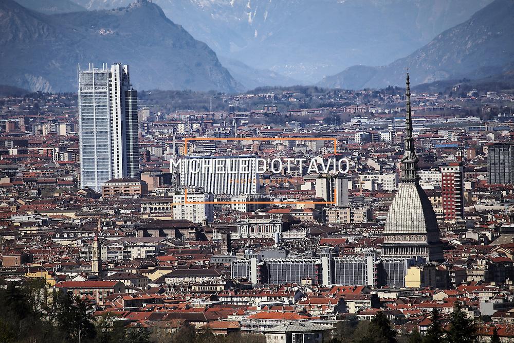Torino 2015 panoramica con Mole Antonelliana & Grattacielo Intesasanpaolo