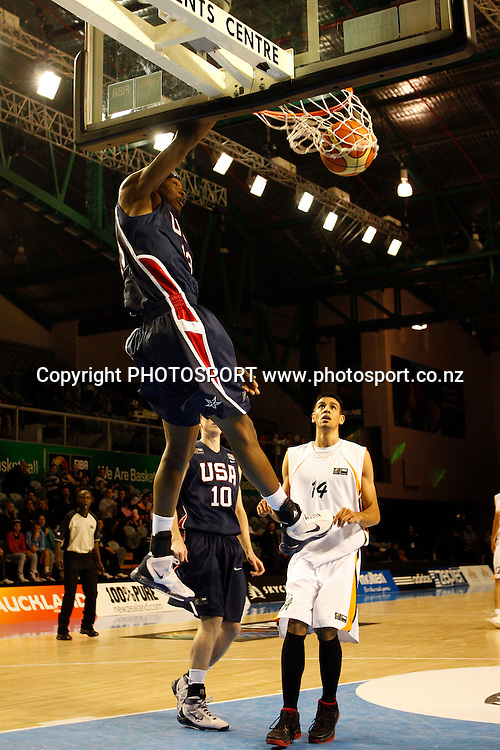 USA Forward DeAngelo Casto dunks during the USA's 106-55 victory over Iran.<br />
