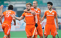 NEW DELHI - Vreugde bij Billy Bakker en Mink van der Weerden  tijdens  de  wedstrijd tussen Nederland en Argentinie (2-5) Hockey World League finale ronde voor mannen in New Delhi. ANP KOEN SUYK