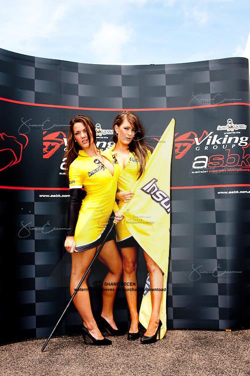 Grid Girls Gemma Izod and Jade Butterworth.Superbikes Darwin Australia. Photo by Shane Eecen. Creativelightstudios.com.au