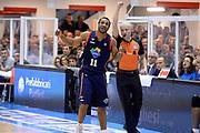 DESCRIZIONE : Brindisi Lega serie A 2013/14 Enel Brindisi Acea Virtus Roma<br /> GIOCATORE : Jordan Taylor Arbitro <br /> CATEGORIA : Delusione Fairplay Arbitro<br /> SQUADRA : Acea Virtus Roma Arbitro<br /> EVENTO : Campionato Lega Serie A 2013-2014<br /> GARA : Enel Brindisi Acea Virtus Roma <br /> DATA : 26/01/2014<br /> SPORT : Pallacanestro<br /> AUTORE : Agenzia Ciamillo-Castoria/GiulioCiamillo<br /> Galleria : Lega Seria A 2013-2014<br /> Fotonotizia : Brindisi Lega serie A 2013/14 Enel Brindisi Acea Virtus Roma<br /> Predefinita :