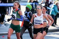 Gerda Steyn RSA Nike, Roberta Groner Tracksmith<br /> TCS New York City Marathon 2019