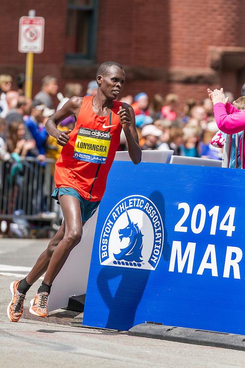 2014 Boston Marathon: turn onto Boylston Street with quarter mile to go, Paul Lonyangata