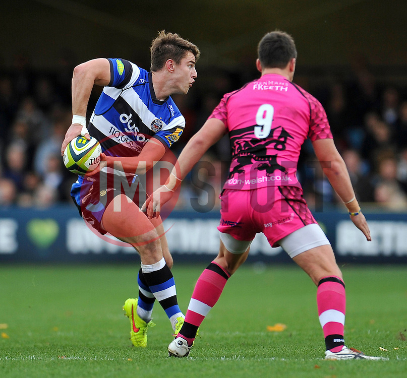 Ollie Devoto of Bath Rugby looks to pass the ball - Photo mandatory by-line: Patrick Khachfe/JMP - Mobile: 07966 386802 01/11/2014 - SPORT - RUGBY UNION - Bath - The Recreation Ground - Bath Rugby v London Welsh - LV= Cup