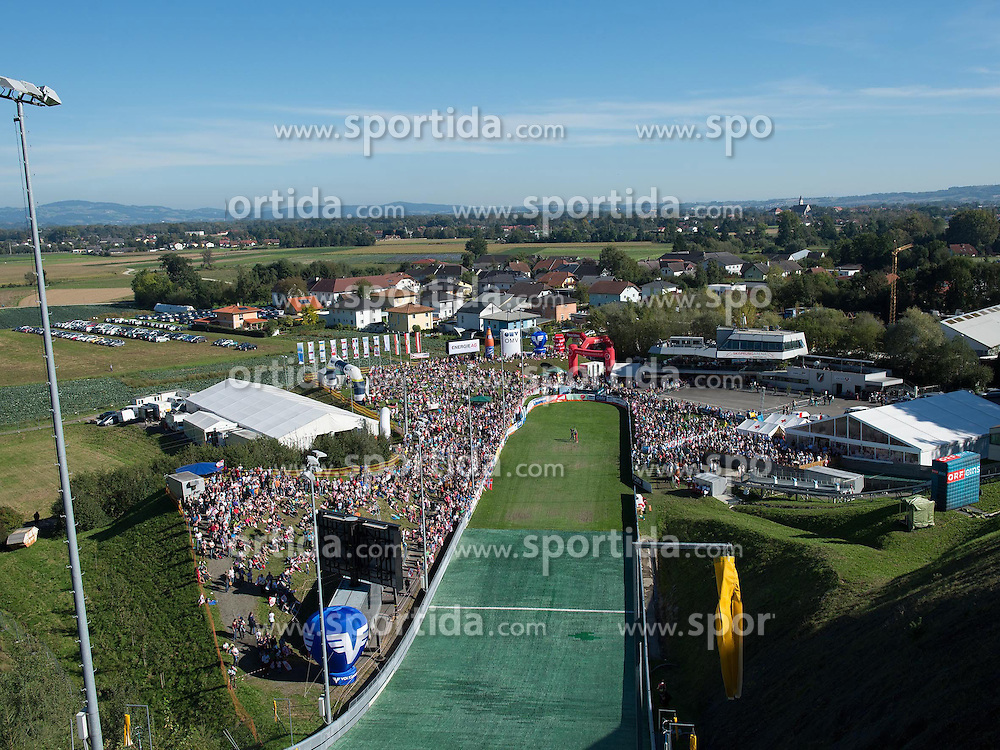 28.09.2014, Energie AG Skisprung Arena, Hinzenbach, AUT, FIS Ski Sprung, Sommer Grand Prix, Hinzenbach, im Bild Skisprung Arena during FIS Ski Jumping Summer Grand Prix at the Energie AG Skisprung Arena, Hinzenbach, Austria on 2014/09/28. EXPA Pictures © 2014, PhotoCredit: EXPA/ Reinhard Eisenbauer