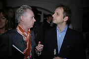 Anthony Fawcett and Ben Burden-Cooper, Becks's Futures 2006 Private view. 'Can't Wait for Tomorrow' I.C.A. London. 29 March 2006. ONE TIME USE ONLY - DO NOT ARCHIVE  © Copyright Photograph by Dafydd Jones 66 Stockwell Park Rd. London SW9 0DA Tel 020 7733 0108 www.dafjones.com